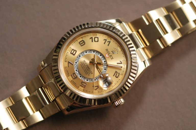 Rolex-Sky-Dweller-Champagne-Dial-GMT-Replica-768x512