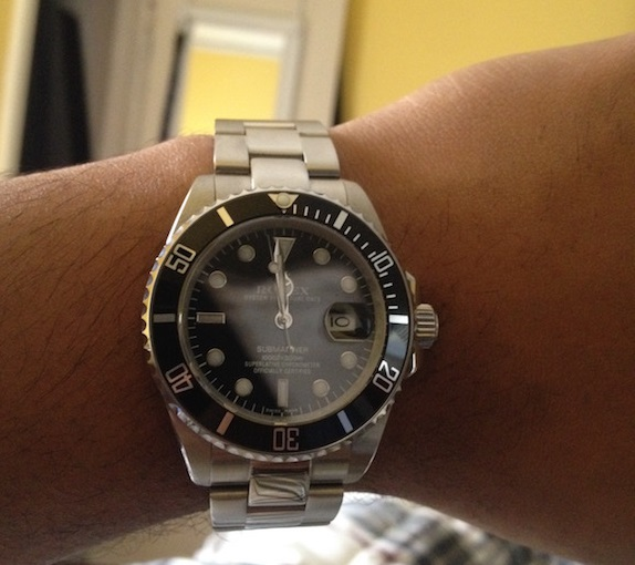 Rolex-Submariner-Replica-On-Hand