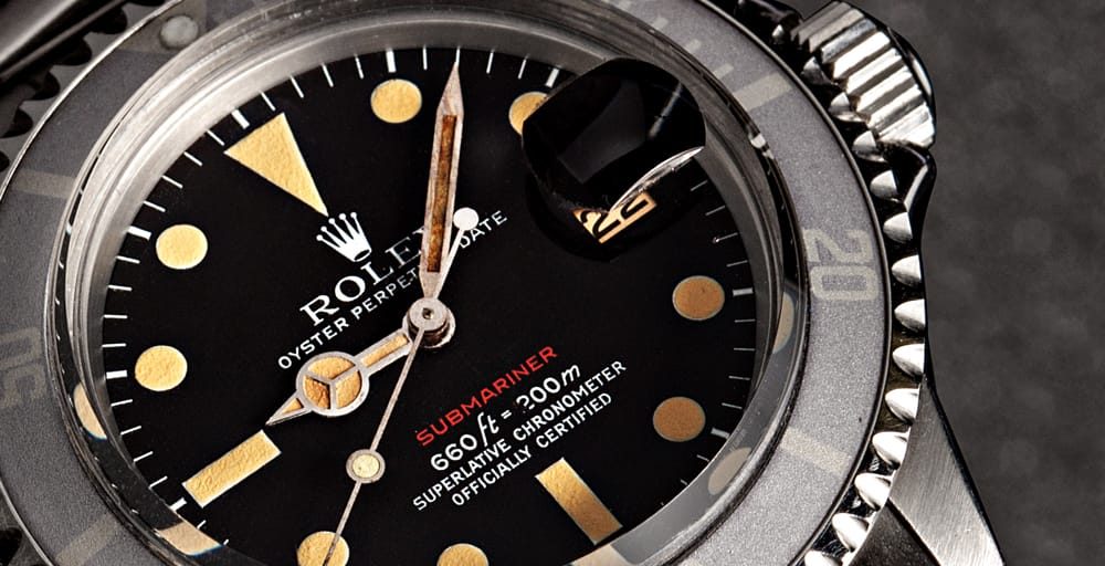Dial-of-Red-Rolex-Submariner