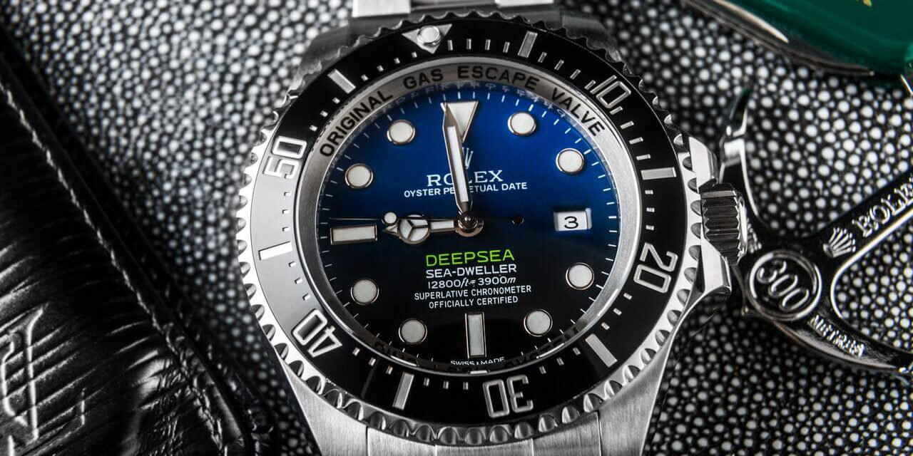 A comparison between the Rolex Deepsea D Blue Dial ref. 116660 and the Yacht-Master 116680.